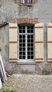 Volet battant en bois, menuiserie Lemaire, Marne, 51