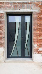 Les portes d'entrée, menuiserie Lemaire à Sézanne dans la Marne, 51